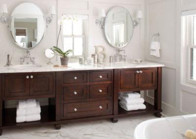 bagno-classico-su-misura-legno-mobilisumisura
